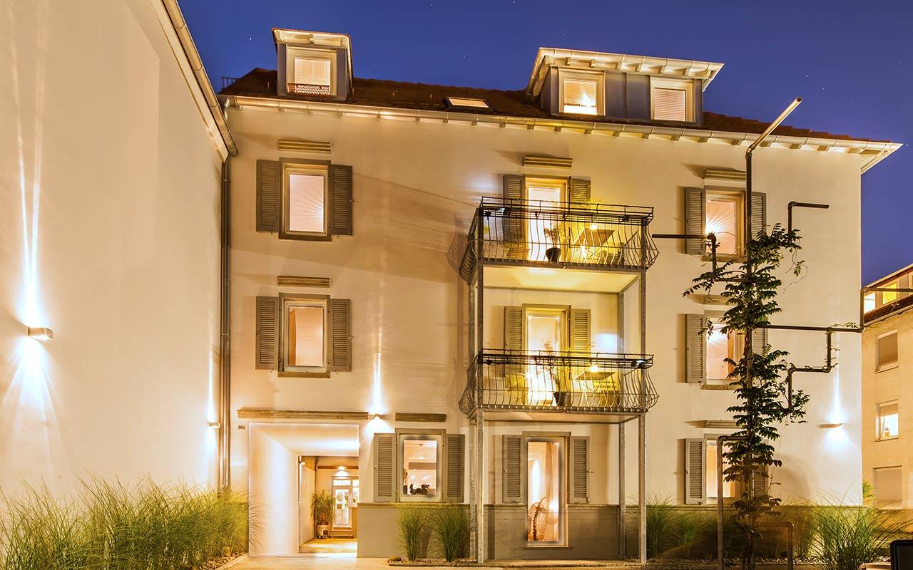 apartments_west_stuttgart_aussen_nacht_03