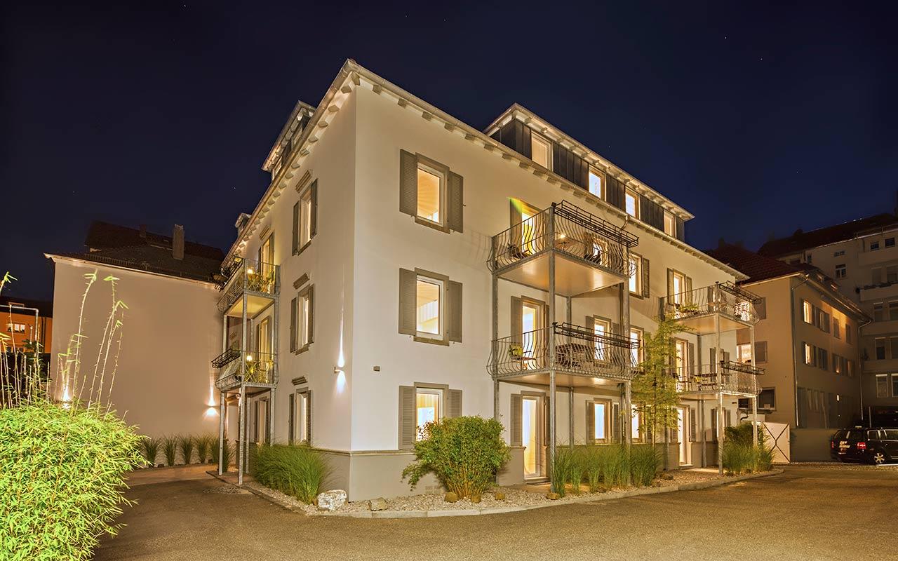 apartments_west_stuttgart_aussen_nacht_02